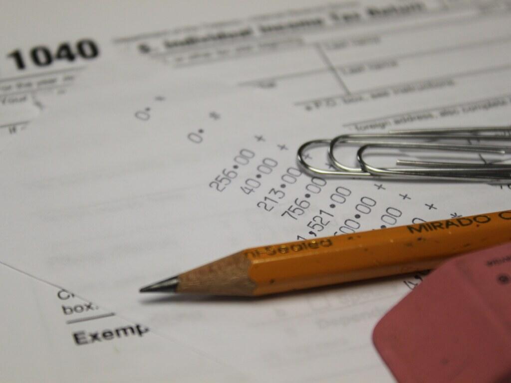 Налоговый адвокат, юрист по налогам: консультация, цена в Москве и МО