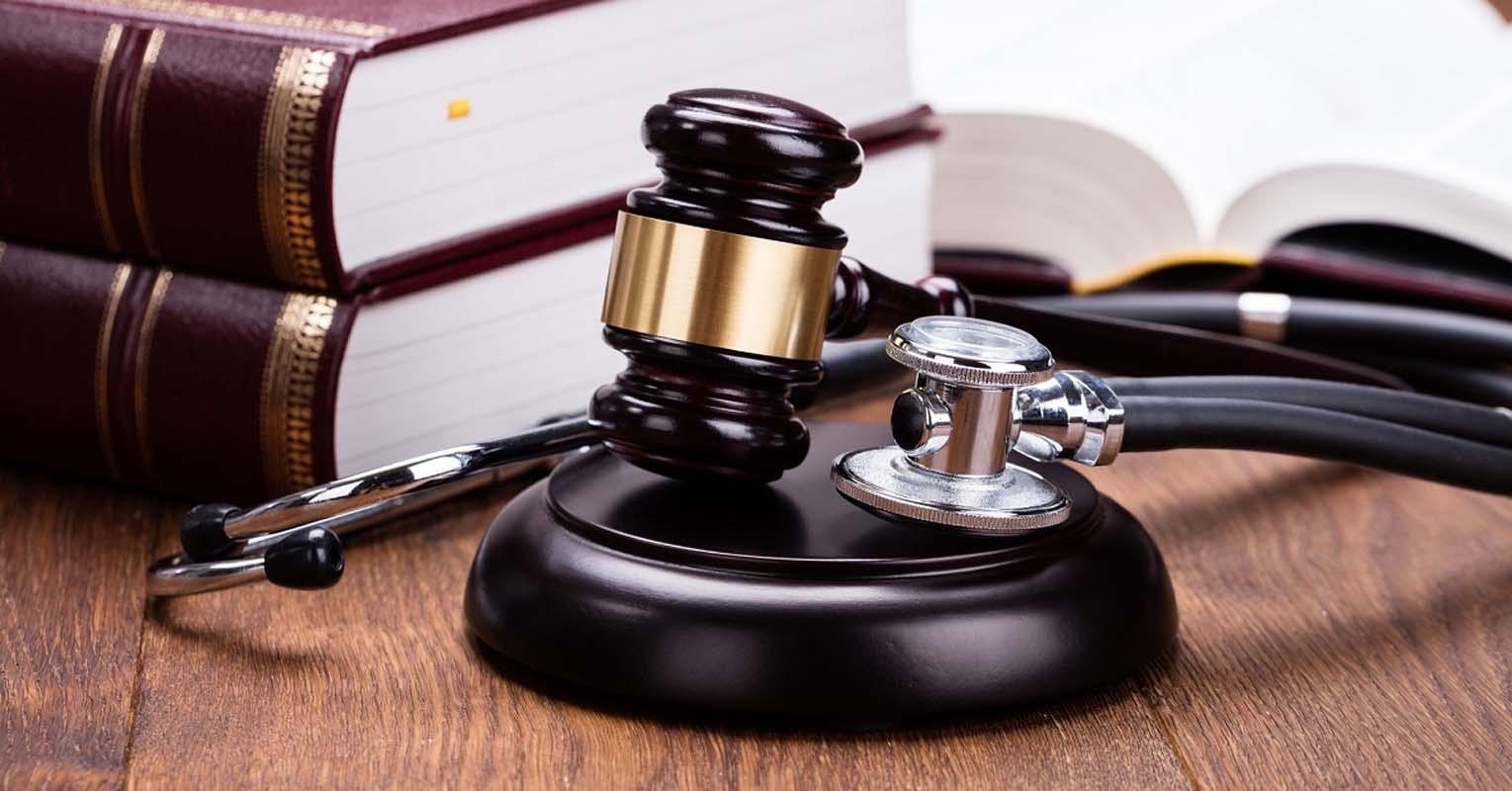 Медицинские адвокаты, юристы по медицинским вопросам, онлайн консультация, цена в Москве и РФ