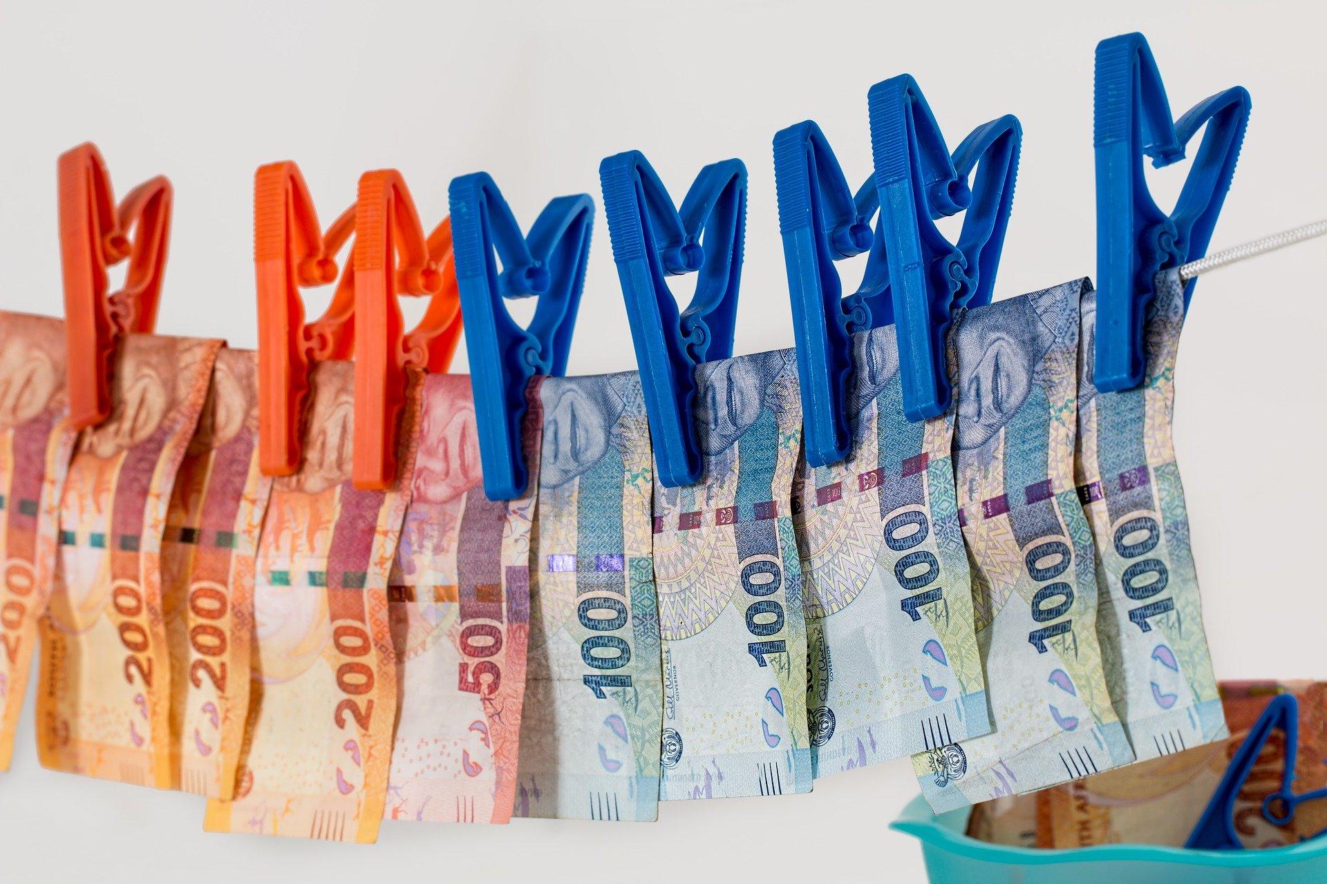 Адвокат по статье 174 УК РФ Легализация (отмывание) денежных средств в Москве и РФ, стоимость услуг адвоката